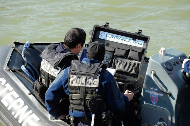 Un corps a été repêché jeudi dans la Seine à Paris par la brigade fluviale de la préfecture de police. (image d'illustration)