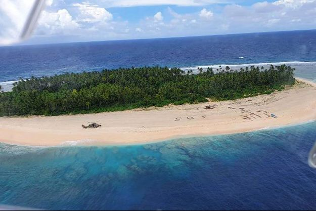 Trois voyageurs ont été secourus après s'être perdus en mer.