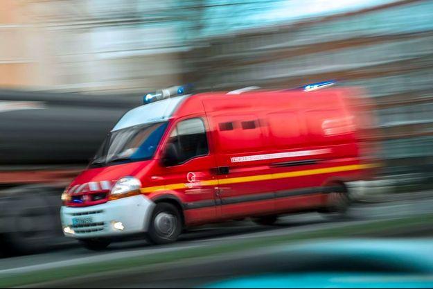 Quelque 35 sapeurs-pompiers, gendarmes et secouristes du Samu ont été immédiatement mobilisés avec l'appui des hélicoptères de la sécurité civile de Haute-Savoie, de la gendarmerie de Savoie et du Samu. (photo d'illustration)