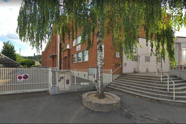 Le lycée Clemenceau où une élève a tenté de s'immoler par le feu lundi.