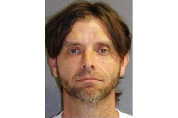 Jeremy Floyd est accusé de violences conjugales et d'avoir séquestré sa compagne.