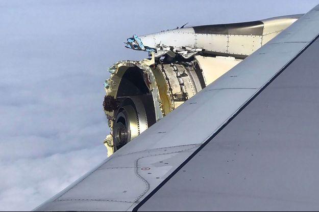 L'A380 d'Air France endommagé.