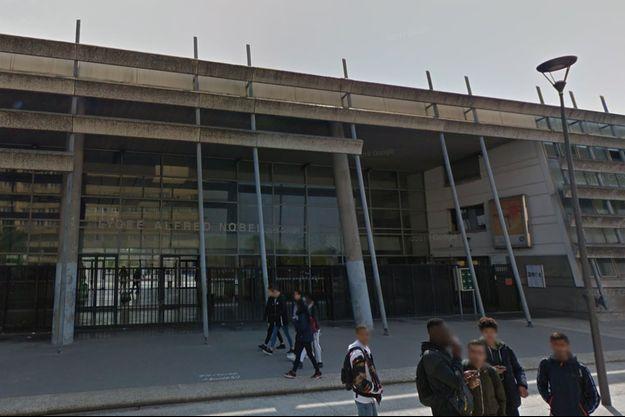 Lycée Nobel à Clichy-sous-Bois.
