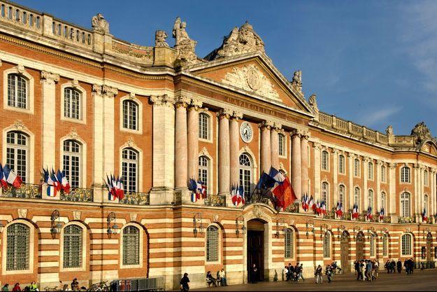 L'hôtel de ville de Toulouse.