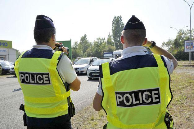 Des policiers à Nantes.