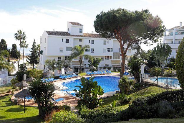 La piscine dans laquelle trois membres d'une même famille ont été retrouvés noyés, à Mijas, en Espagne.