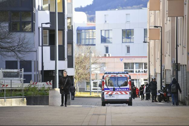 Un véhicule de police dans le quartier de Planoise à Besançon le 15 janvier dernier (photo d'illustration).