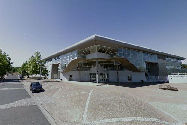 Les abords du lycée Léonard-de-Vinci à Saint-Michel-sur-Orge, où s'est déroulé le drame. (photo d'illustration)