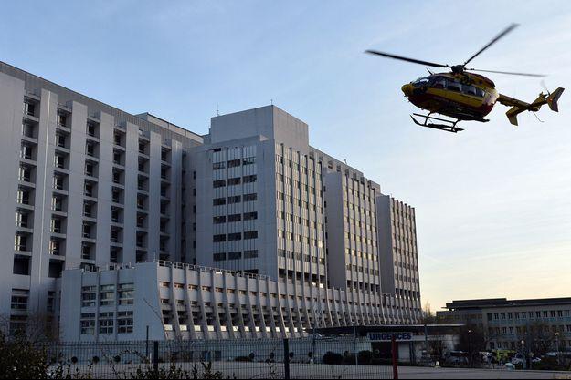 Un neurochirurgien de 36 ans s'est suicidé dans le centre hospitalier universitaire de Grenoble. (image d'illustration)