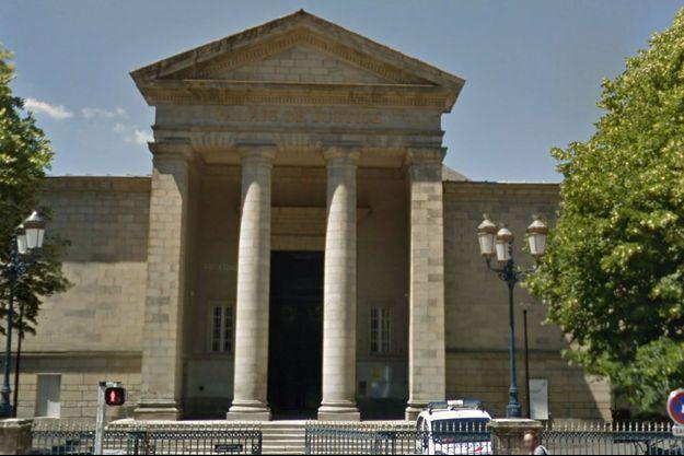 Palais de justice de Quimper.