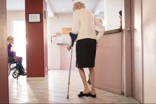 Une femme de 84 ans a été tuée à coups de canne par un homme de 91 ans dans un Ehpad des Deux-Sèvres.