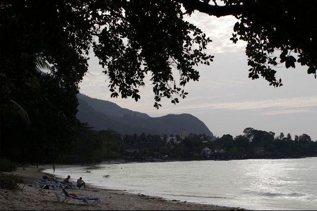 Une plage des Seychelles. Image d'illustration
