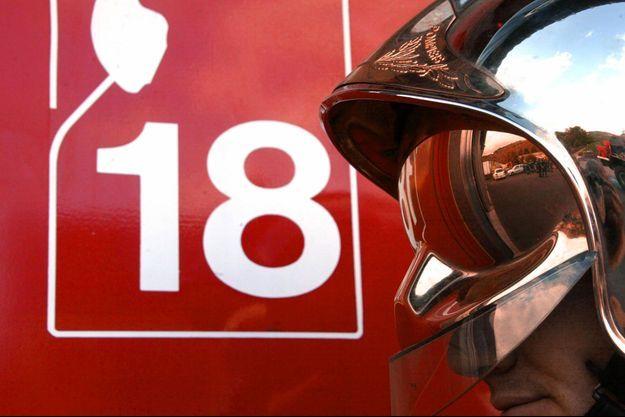 Une femme est décédée et un enfant de cinq ans a été très grièvement blessé dans l'incendie d'un appartement à Alfortville.