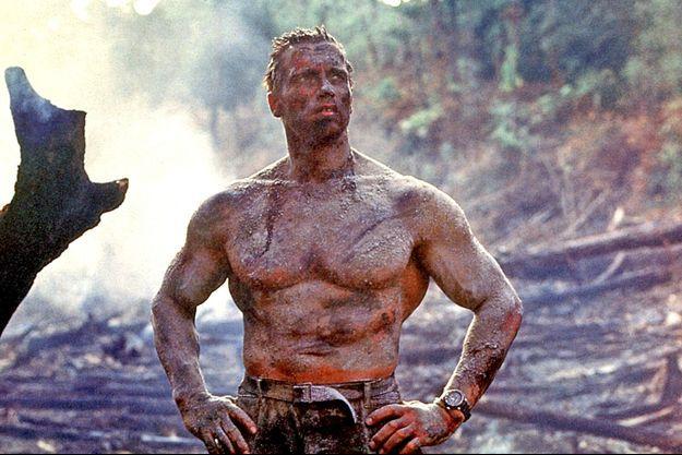"""Arnold Schwarzenegger, une nouvelle fois victorieux de la menace alien dans """"Predator""""."""