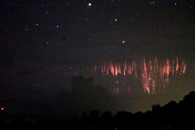 Les sprites photographiés dans le ciel