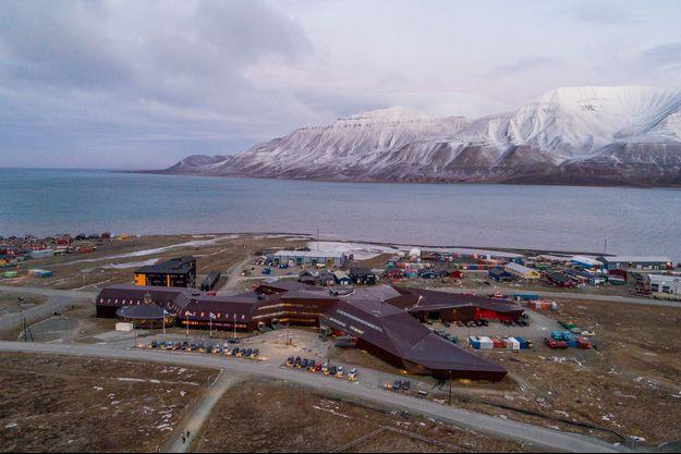 Longyearbyen, sur l'archipel arctique du Svalbard.