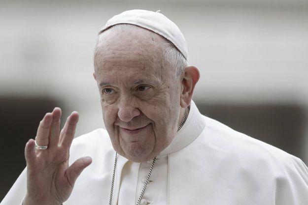 La pape François, qui ne manque pas d'humour, a sans doute souri de la gaffe de son CM.