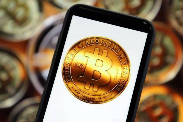 La valeur du Bitcoin a explosé au cours des dernières semaines pour atteindre 35 000 dollars, soit 28 000 euros.