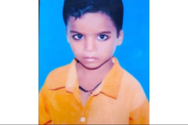Rohit Kumar, l'enfant mort à 13 ans dont un petit garçon assure être la réincarnation.