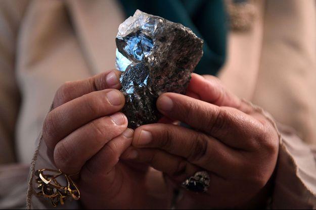 Le diamant de 1.174 carats.