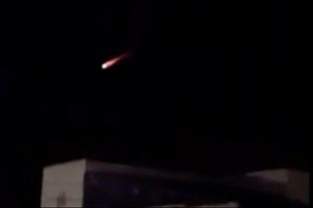 Le débat se poursuit sur l'orgine de cette boule de feu qui a traversé le ciel d'Ust-Nera