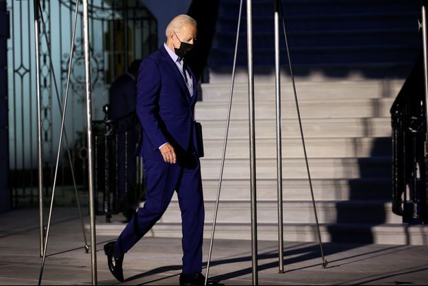 Joe Biden quittant la Maison blanche vendredi, veille des commémorations.
