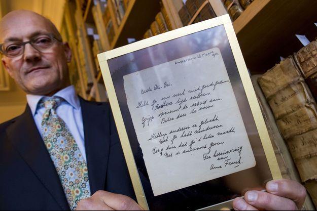 Le poème d'Anne Frank a été vendu aux enchères 140 000 euros.