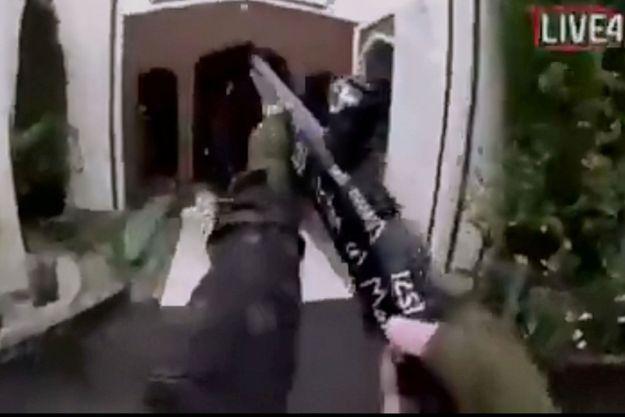 Le tireur a filmé le massacre et diffusé la fusillade en direct.