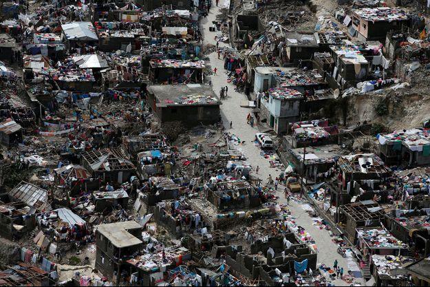 Vue aérienne de Jeremie, à Haiti