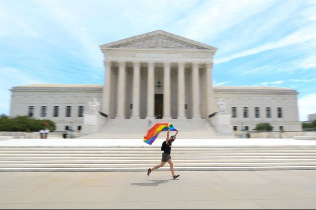 Devant la Cour suprême des Etats-Unis, lundi.