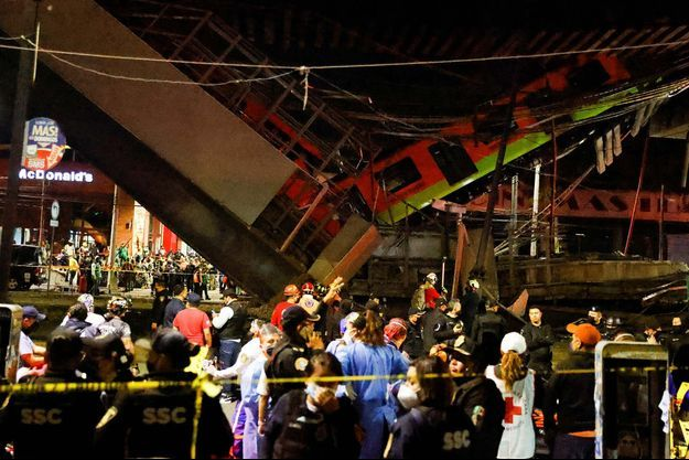 L'effondrement d'un pont du métro aérien au passage d'une rame à Mexico.