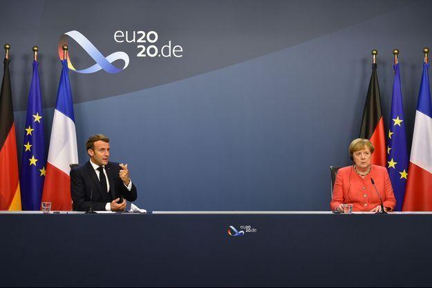 Emmanuel Macron et Angela Merkel mardi matin à Bruxelles.
