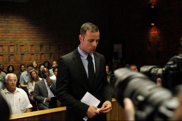Oscar Pistorius devant la cour de justice de Pretoria, le 20 février dernier.