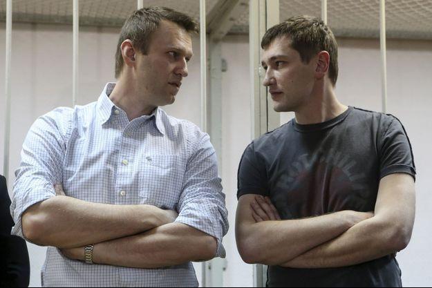 Alexeï Navalny et son frère Oleg.