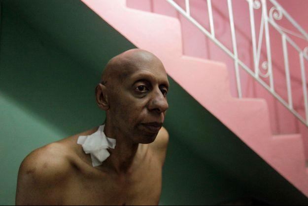 Guillermo Farinas en 2010 lors d'une grève de la faim pour dénoncer les arrestations arbitraires.