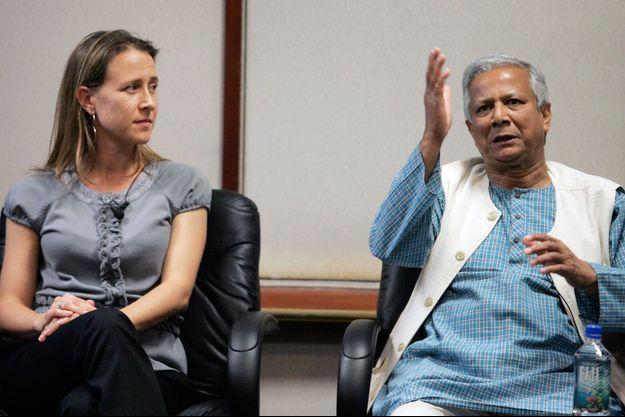Anne Wojcicki et Muhammad Yunus, fondateur de la Grameen Bank (microcrédit) et prix Nobel de la paix.