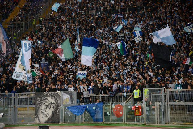 Supporters de la Lazio le 22 octobre 2017 à Rome