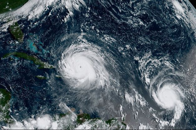 Les deux ouragans, Irma et José, pris en photo dans l'océan Atlantique.