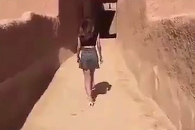 La jeune Kholood dans la vidéo qui a fait scandale en Arabie Saoudite.