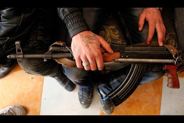 Comment s'assurer que les armes tomberont entre de bonnes mains? Là est la question.