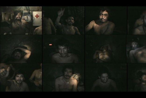 Le 27 août, le Chili découvre, grâce à une minicaméra, le visage de certains des mineurs. Ils se sont réfugiés dans un abri équipé normalement pour tenir deux à trois jours. « Nous allons bien dans le refuge, tous les 33 », ont-ils écrit.