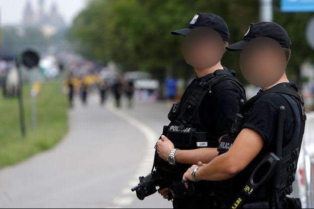 Des policiers en Pologne (image d'illustration).