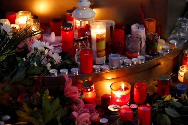 Les hommages à Halle, après l'attaque de la synagogue.
