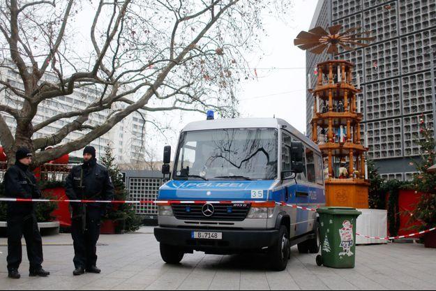 L'attentat sur un marché de Noël de Berlin a fait douze morts et 48 blessés.
