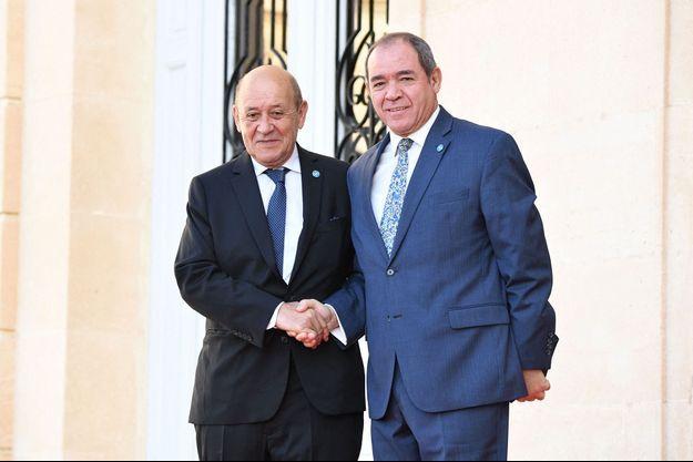 Jean-Yves le Drian, ministre de l'Europe et des Affaires étrangères, et Sabri Boukadoum, ministre algérien des Affaires étrangères, à Marseille en juin 2019