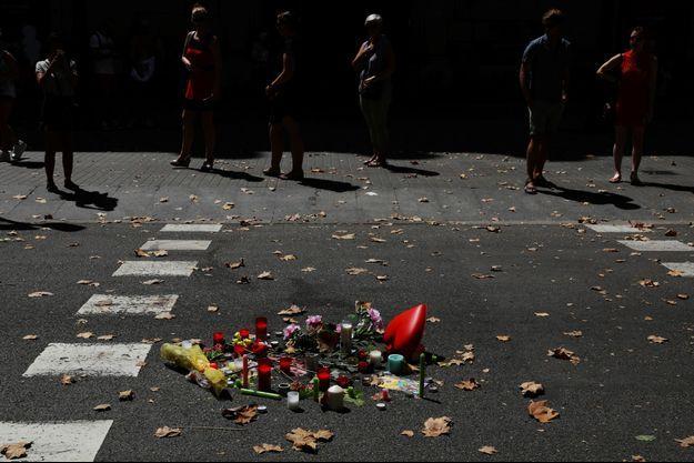 Les attentats ont fait au moins 14 morts.