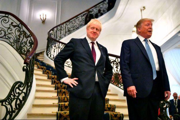 Boris Johnson et Donald Trump à Biarritz, dimanche.