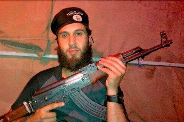 « Abou Al-Qaaqaa », le Strasbourgeois d'une vingtaine d'années recruté pour l'attentat-suicide du 9 octobre 2013 dans la région d'Alep.