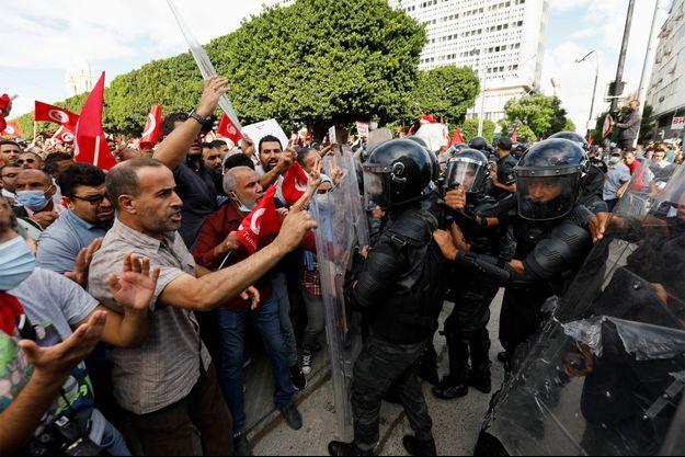 Les manifestants en Tunisie.