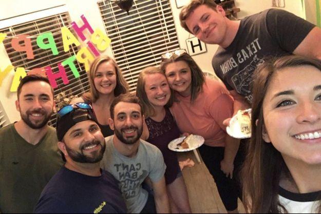 Un selfie pris par des invités de la fête d'anniversaire de la famille Barbosa, le 30 mai 2020.